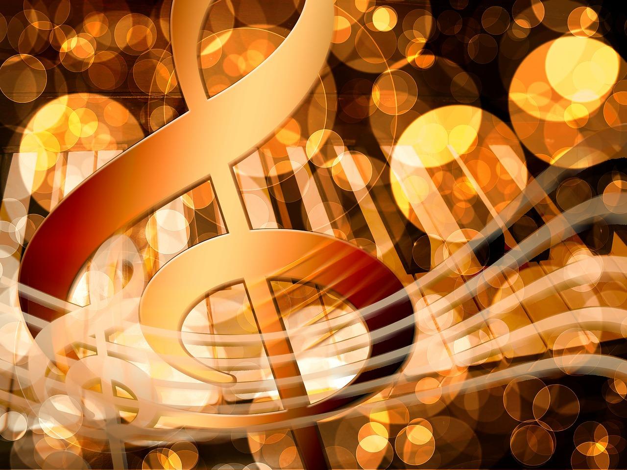 ト音記号とピアノ